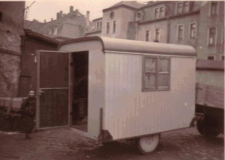Aufbau - Umbau Anhänger Wohnwagen