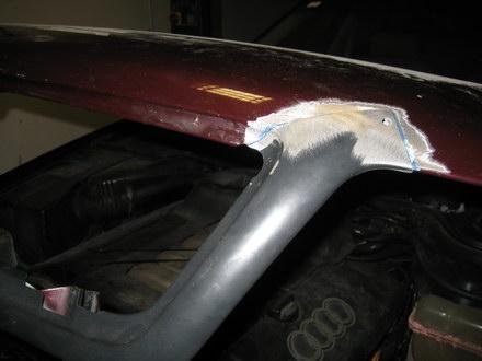 aluschweißen an Alu-Motorhaube PKW-Audi